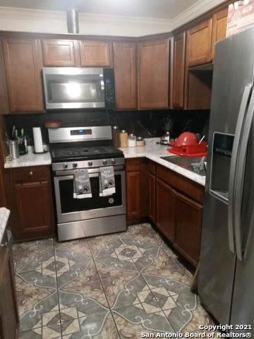 525 N San Dario Ave, San Antonio, TX 78228 (MLS #1566019) :: Vivid Realty