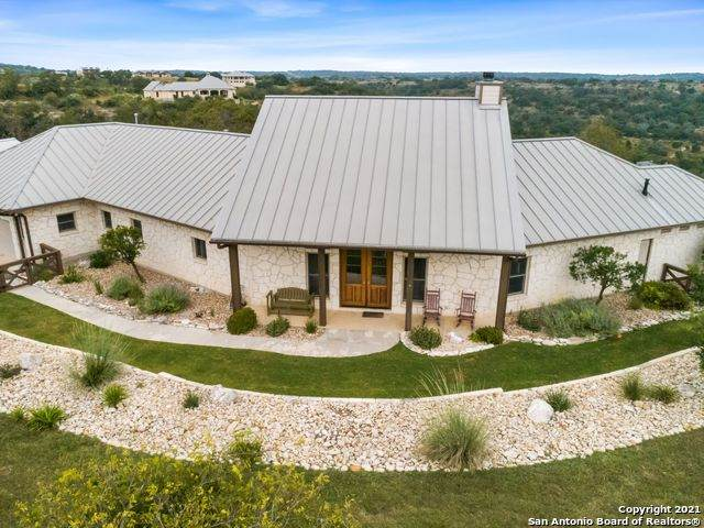 204 Lookout Pt, Comfort, TX 78013 (MLS #1566050) :: The Glover Homes & Land Group