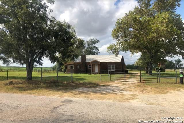1595 W Ditto Rd, Poteet, TX 78065 (MLS #1566061) :: Vivid Realty