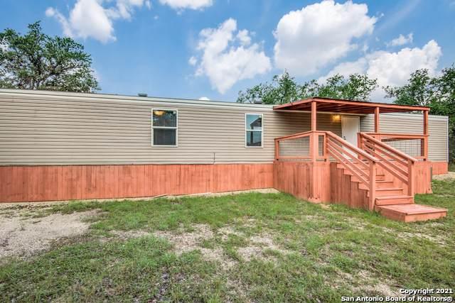 506 Henderson Dr, Spring Branch, TX 78070 (MLS #1566111) :: The Curtis Team