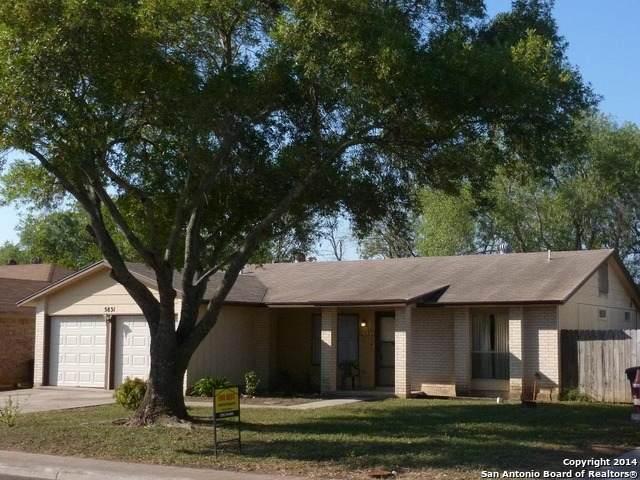5831 Hidden Crest, San Antonio, TX 78250 (MLS #1566124) :: The Gradiz Group
