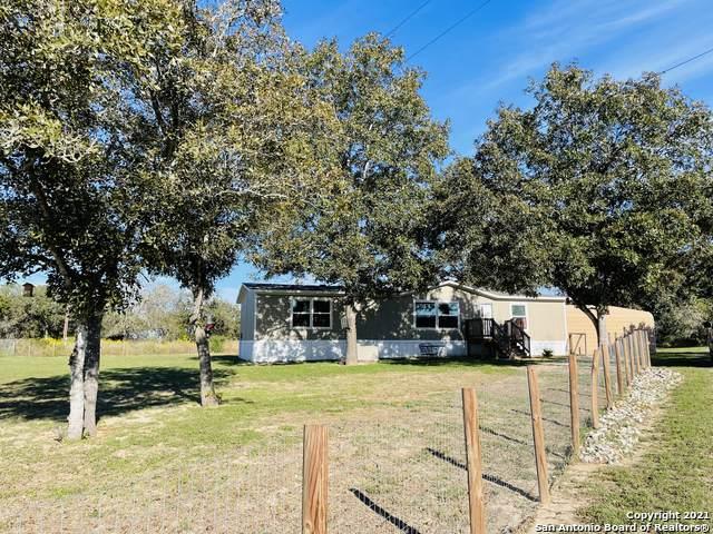 251 Quail Dr, La Vernia, TX 78121 (MLS #1566269) :: Exquisite Properties, LLC