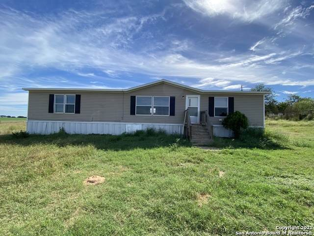 114 Mann Rd, Poteet, TX 78065 (MLS #1566275) :: The Glover Homes & Land Group