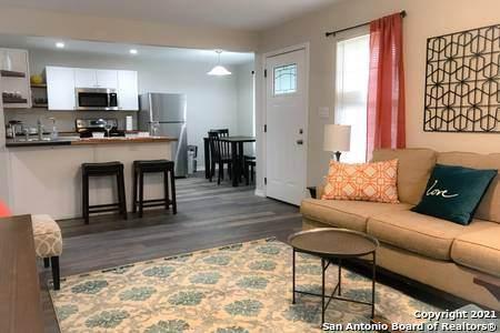 226 Bee St, San Antonio, TX 78208 (MLS #1566307) :: Phyllis Browning Company