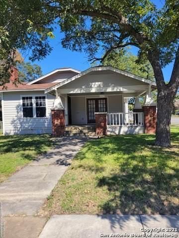 647 Avant Ave, San Antonio, TX 78210 (MLS #1566429) :: The Real Estate Jesus Team