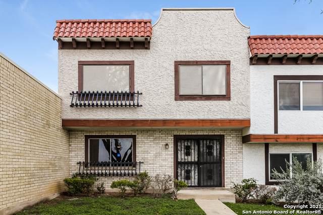 6719 Crown Ridge, San Antonio, TX 78239 (MLS #1566443) :: Carter Fine Homes - Keller Williams Heritage