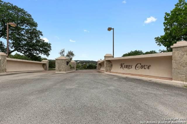 925 Kings Cove Dr, Canyon Lake, TX 78133 (MLS #1566481) :: Vivid Realty
