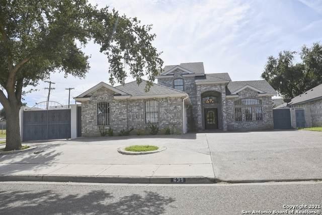 639 Forest Loop, Laredo, TX 78045 (MLS #1566622) :: Carter Fine Homes - Keller Williams Heritage