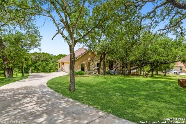 154 Maple Terrace, New Braunfels, TX 78132 (MLS #1566634) :: Carter Fine Homes - Keller Williams Heritage