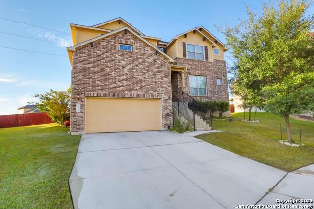 3100 Wolf Run, Schertz, TX 78108 (MLS #1566726) :: The Castillo Group