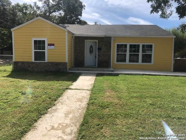 833 E Cedar St, Seguin, TX 78155 (MLS #1566755) :: The Mullen Group | RE/MAX Access