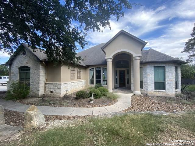 570 Copper Rim, Spring Branch, TX 78070 (#1566815) :: The Perry Henderson Group at Berkshire Hathaway Texas Realty