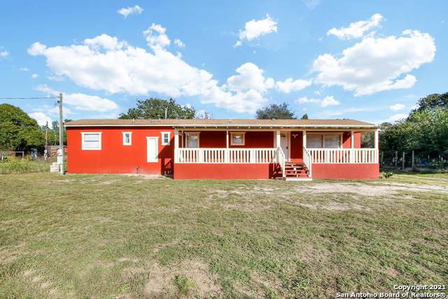22818 Lazy Stream Dr, Elmendorf, TX 78112 (MLS #1566827) :: Concierge Realty of SA