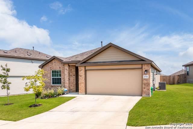 6732 Bale Rdg, San Antonio, TX 78252 (#1566856) :: The Perry Henderson Group at Berkshire Hathaway Texas Realty