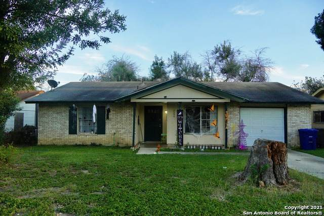 9506 Gold Hl, San Antonio, TX 78245 (#1566885) :: The Perry Henderson Group at Berkshire Hathaway Texas Realty