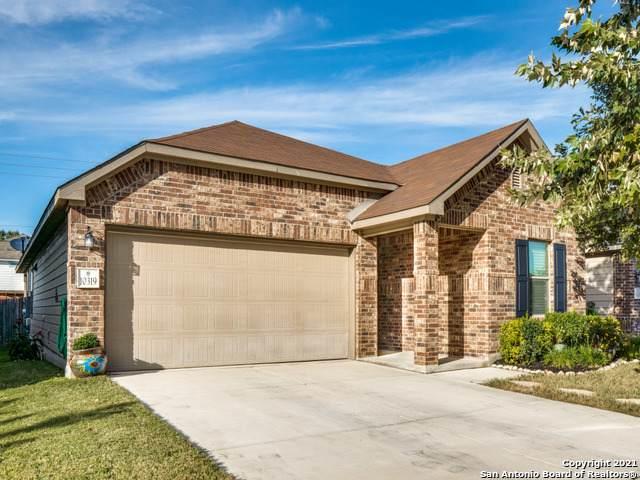 10319 Fort Davis Trail, San Antonio, TX 78245 (MLS #1566899) :: Vivid Realty