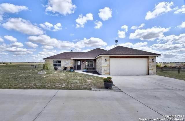 129 Pine Valley Dr, La Vernia, TX 78121 (MLS #1566962) :: Phyllis Browning Company