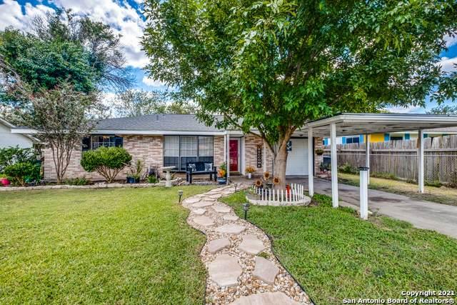 5850 Castle Brook Dr, San Antonio, TX 78218 (MLS #1567003) :: Bexar Team