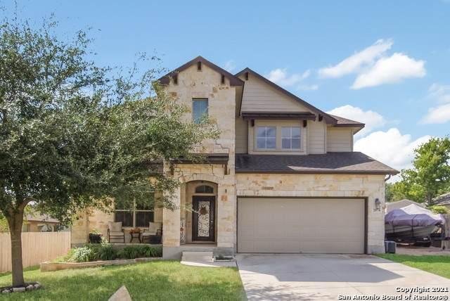 2074 Castleberry Ridge, New Braunfels, TX 78130 (MLS #1567036) :: BHGRE HomeCity San Antonio