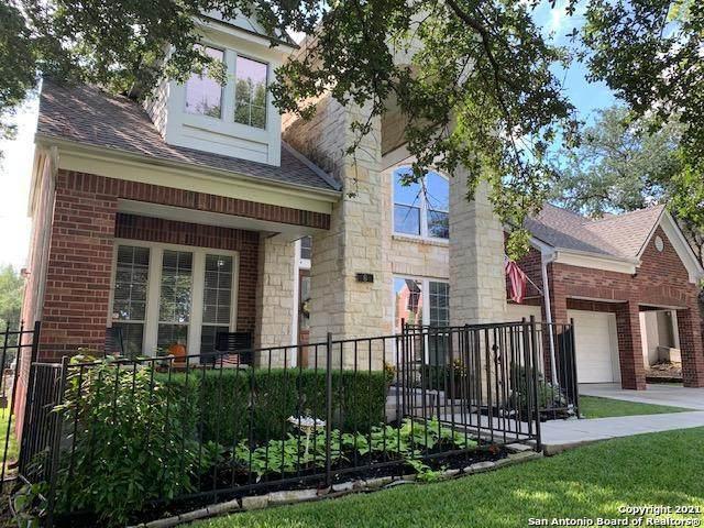 6 Horseshoe Canyon, San Antonio, TX 78258 (MLS #1567242) :: Beth Ann Falcon Real Estate