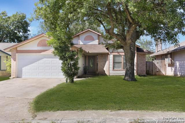 647 River Village, San Antonio, TX 78245 (MLS #1567288) :: 2Halls Property Team   Berkshire Hathaway HomeServices PenFed Realty