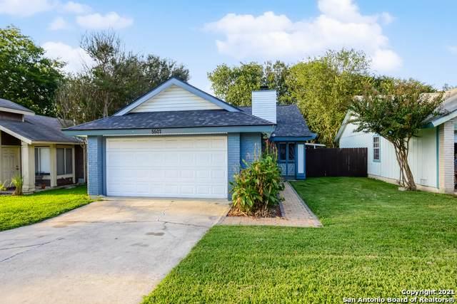 5507 Dashing Creek St, San Antonio, TX 78247 (MLS #1567313) :: Concierge Realty of SA
