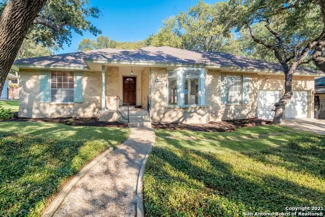 11323 Whisper Falls St, San Antonio, TX 78230 (#1567437) :: The Perry Henderson Group at Berkshire Hathaway Texas Realty