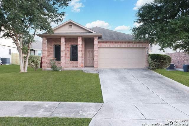 2904 Redtip Dr, Schertz, TX 78108 (MLS #1567482) :: Beth Ann Falcon Real Estate