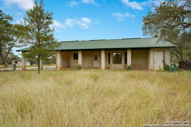 1224 Fm 474, Boerne, TX 78006 (MLS #1567484) :: Carolina Garcia Real Estate Group