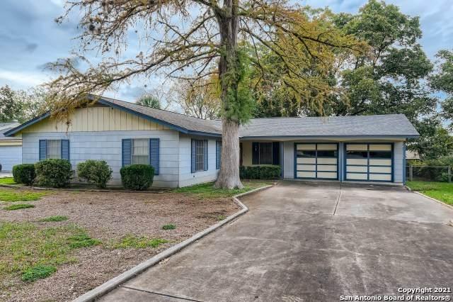 112 Hannasch Dr, San Antonio, TX 78213 (MLS #1567491) :: The Real Estate Jesus Team