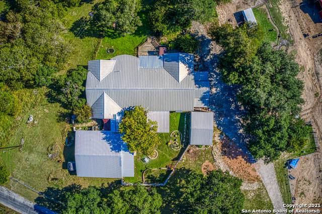 319 Los Indios Ranch Rd, Boerne, TX 78006 (MLS #1567501) :: Carolina Garcia Real Estate Group
