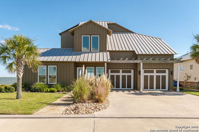 240 Reserve Ln, Rockport, TX 78382 (#1567559) :: The Perry Henderson Group at Berkshire Hathaway Texas Realty