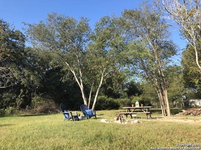 191 Lakeshore Dr N, Bandera, TX 78003 (MLS #1567588) :: The Curtis Team