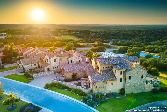 12 Vittoria Ridge, Boerne, TX 78006 (MLS #1567599) :: Carolina Garcia Real Estate Group