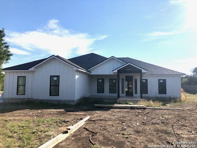310 Lets Roll Dr, Fischer, TX 78623 (MLS #1567600) :: Concierge Realty of SA