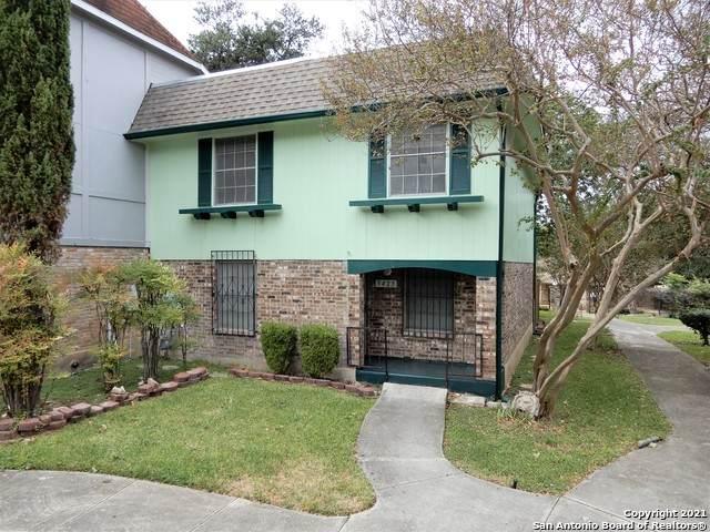 5423 Callaghan Rd, San Antonio, TX 78228 (MLS #1567614) :: The Lopez Group