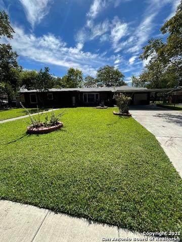 2054 La Manda Blvd, San Antonio, TX 78201 (MLS #1567626) :: The Mullen Group | RE/MAX Access
