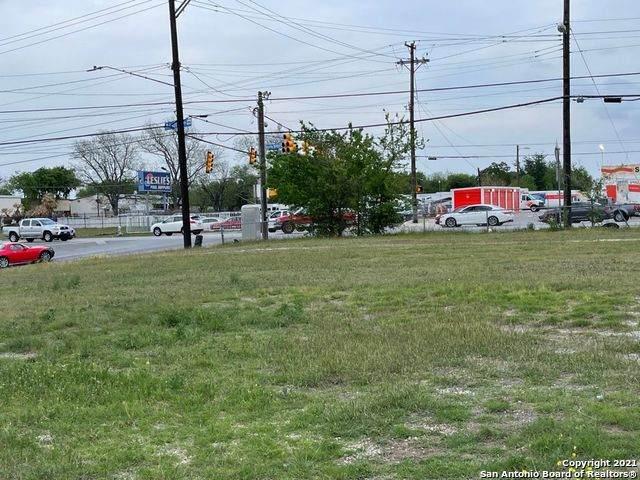 8015 Perrin Beitel Rd, San Antonio, TX 78218 (MLS #1567645) :: The Mullen Group | RE/MAX Access
