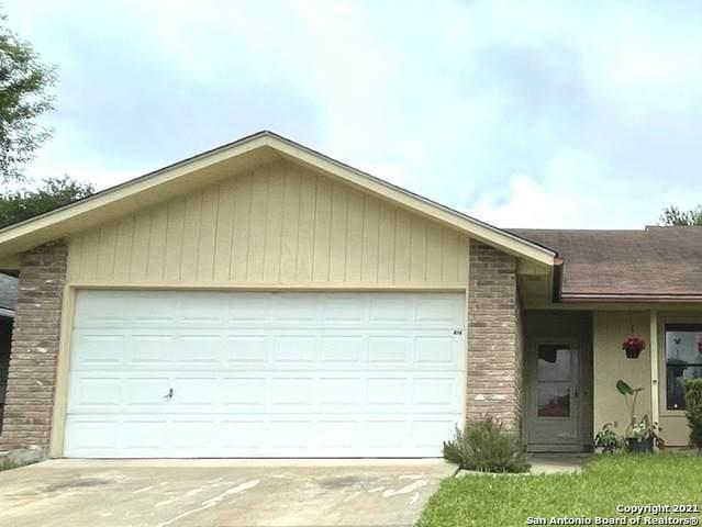 4818 Cherry Tree Dr, Schertz, TX 78108 (MLS #1567649) :: Beth Ann Falcon Real Estate