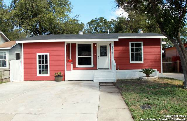 683 Mclaughlin Ave, San Antonio, TX 78211 (MLS #1567653) :: 2Halls Property Team | Berkshire Hathaway HomeServices PenFed Realty