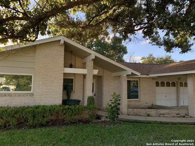 3427 Vinecrest Dr, Kirby, TX 78219 (MLS #1567654) :: 2Halls Property Team   Berkshire Hathaway HomeServices PenFed Realty