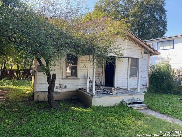 2326 Aransas Ave, San Antonio, TX 78220 (MLS #1567692) :: 2Halls Property Team | Berkshire Hathaway HomeServices PenFed Realty