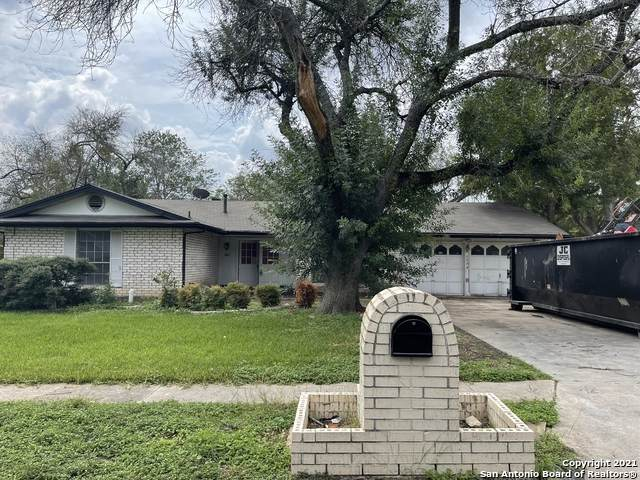 6534 Robin Forest, San Antonio, TX 78239 (MLS #1567739) :: 2Halls Property Team | Berkshire Hathaway HomeServices PenFed Realty