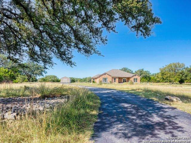108 Guadalupe Bend, Boerne, TX 78006 (MLS #1567744) :: The Glover Homes & Land Group