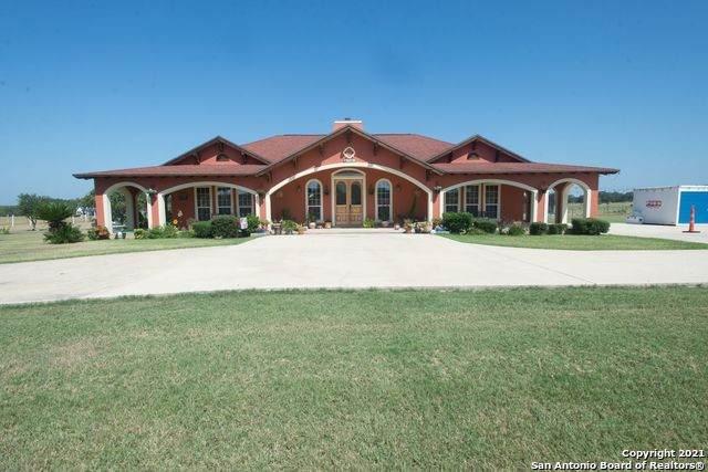 1545 Coble Rd, Poteet, TX 78065 (#1567791) :: Zina & Co. Real Estate