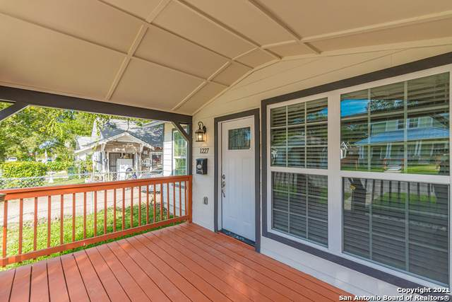 1227 Florida St, San Antonio, TX 78210 (MLS #1567884) :: 2Halls Property Team | Berkshire Hathaway HomeServices PenFed Realty