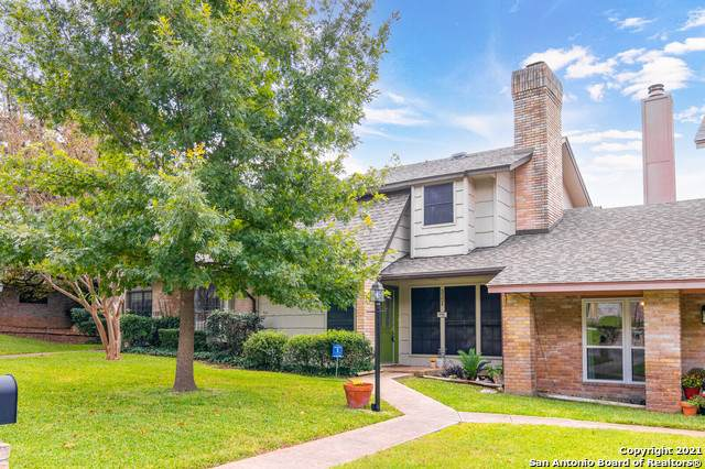 3224 Castledale Dr #104, San Antonio, TX 78230 (#1567971) :: The Perry Henderson Group at Berkshire Hathaway Texas Realty