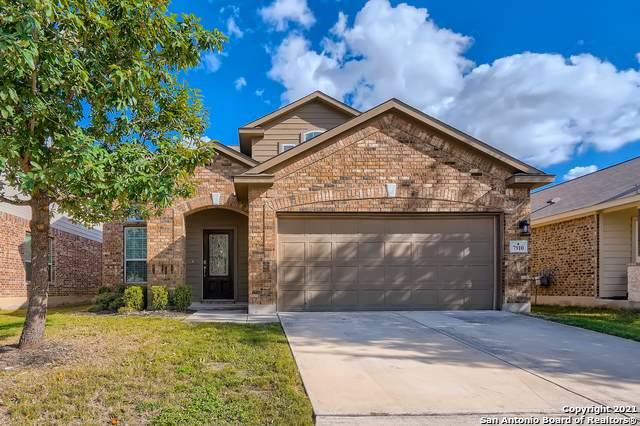 7910 Coolspring Dr, San Antonio, TX 78254 (MLS #1568084) :: The Castillo Group
