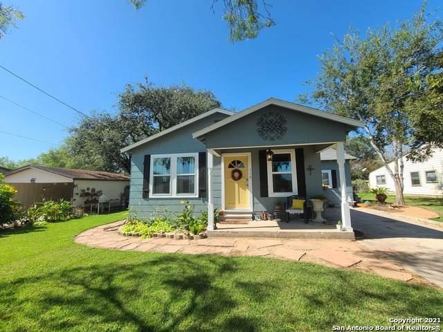 118 S Bryant St, Pleasanton, TX 78064 (MLS #1568092) :: The Castillo Group
