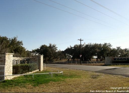 LOT 193 E Cr 6868, Natalia, TX 78059 (MLS #1000401) :: BHGRE HomeCity